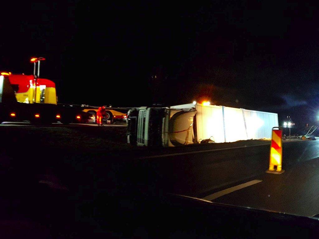 Trafikolycka-Lastbil-Sickelsta