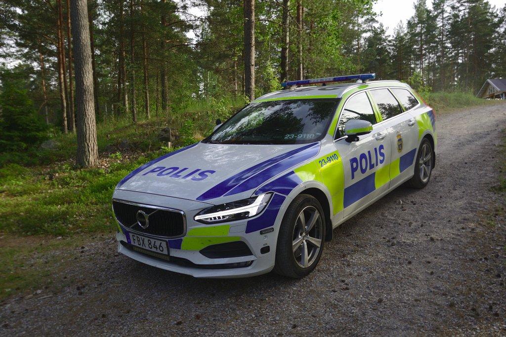 Knivskärning och grov misshandel vid Karlslund