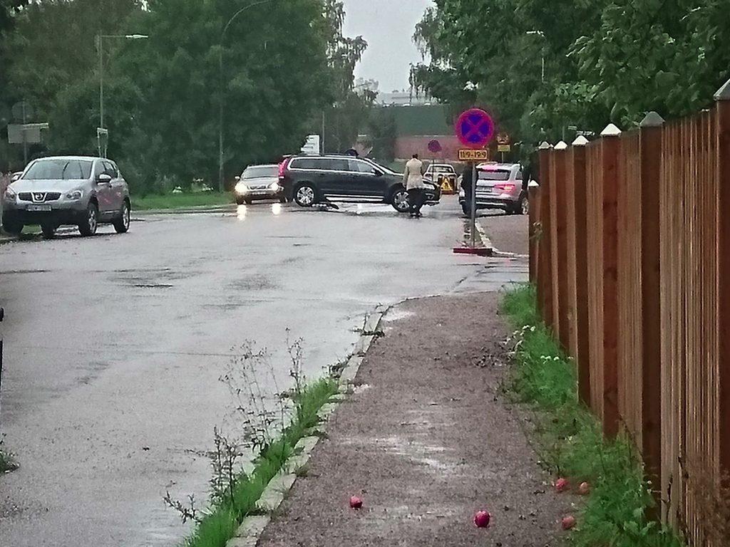 Trafikolycka i korsning-i-Almby