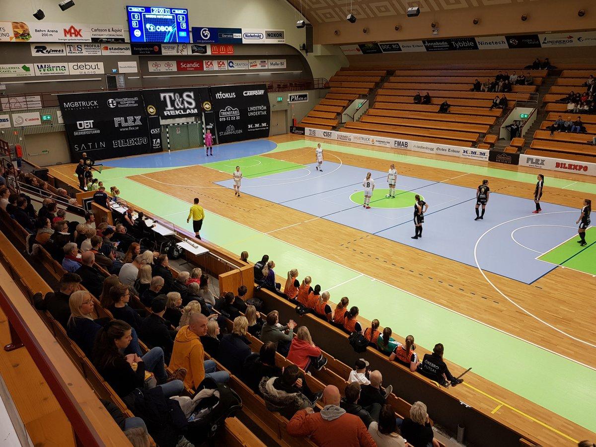 Örebro Futsal Club möter Stuvsta IF - Damer