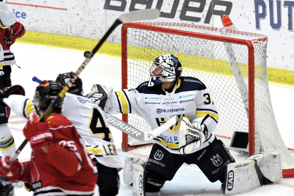Örebro Hockey - HV71 på Behrn Arena