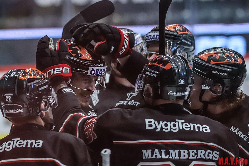 Emil Larsson sköt Örebro Hockey till historisk semifinal